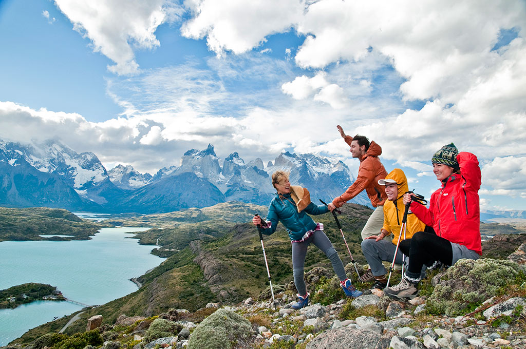 Torres-del-Paine_Cuernos2.jpg